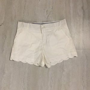 Lauren James white Scalloped shorts